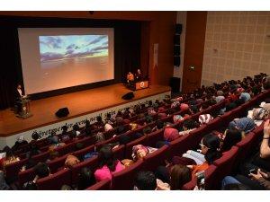 """Adıyaman Üniversitesinde """"Okyanustan Damlalar"""" dinletisi"""