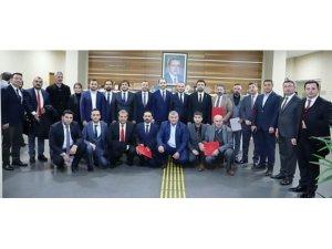 Antalya'da Ak Parti'ye 5 yeni ilçe başkanı atandı