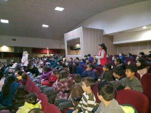 Öğrencilere 'yeterli ve dengeli beslenme' konulu seminer düzenlendi