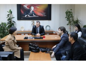 Çin Tongchuan Belediye Başkanı Chang Yaling'dan NEVÜ'ye ziyaret