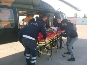 Askeri helikopter beyin kanaması geçiren vatandaş için seferber oldu