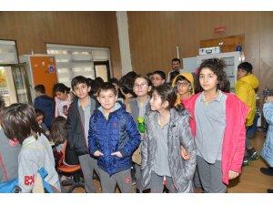 Öğrencilerden Büyükşehir Belediyesine ziyaret