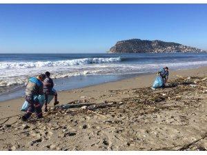 2019 Türkiye dalga sörfü yarışması için sahil temizliği yapıldı