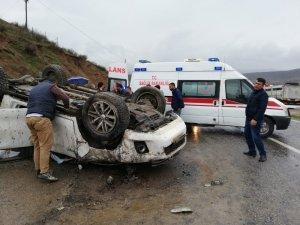 Kozluk'ta trafik kazası: 2 yaralı
