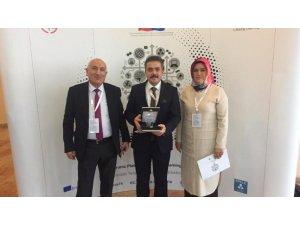 Yenice Halk Eğitim Müdürlüğüne  proje ödülü