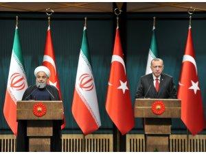 """Cumhurbaşkanı Erdoğan: """"Amerika'nın İran'a yönelik yaptırım kararını desteklemiyoruz"""""""