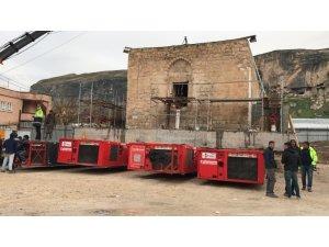 630 yıllık Eyyubi Camii SPMT aracına yüklendi