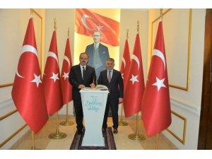 Vali Yazıcı, Bursa Valisi Cabbolat'ı ağırladı