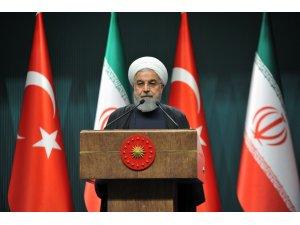 """İran Cumhurbaşkanı Ruhani: """"Hiçbir güç ilişkilerimizi bozamaz"""""""
