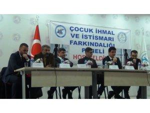 Erciş'te 'Çocuk İhmal ve İstismarı' paneli