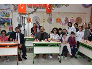Lösemili çocuklar için yılbaşı kutlaması