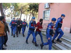 Suçüstü yakalanan kablo hırsızları tutuklandı