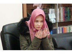 Ukraynalı Vieronika İslamiyet'i seçti, Elif adını aldı.