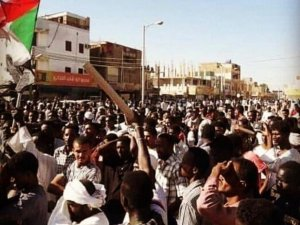 Sudan'daki protestolarda 3 kişi hayatını kaybetti