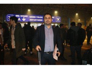 Yoğun sis nedeniyle Adana'da uçak seferleri iptal edildi