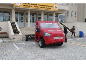 Vali Seymenoğlu, araç teslim törenine katıldı