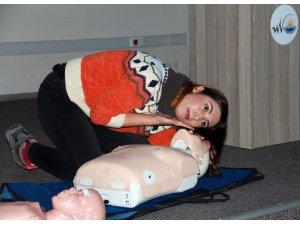 Van Büyükşehir Belediyesi personeline 'ilk yardımda farkındalık' eğitimi
