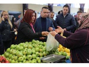 Başkan Çerçioğlu, Çine pazarını ziyaret etti