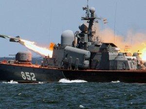 Roket gemisi Azak Denizi'ne doğru ilerliyor