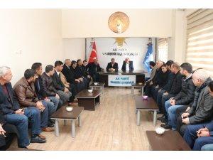 Viranşehir'de parti teşkilatı ile buluştu