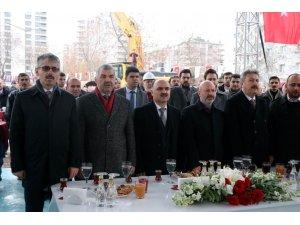 """Mustafa Çelik: """"Zorlukları bahane etmedik, hep çalıştık"""""""