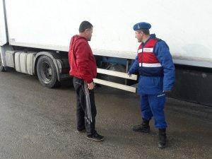 Jandarmadan 93 ağır taşıt sürücüsüne ceza