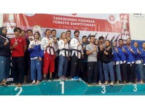 Tepebaşı Gençlik ve Spor Kulübü Eskişehir'i gururlandırıyor