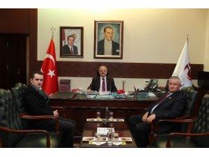 Vali Çakacak, MUBİDEF Genel Başkanı Kahyaoğlu'nu kabul etti