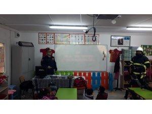 İtfaiye Müdürlüğünün okullarda eğitimlerine devam ediyor