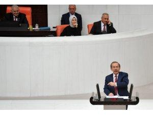 """CHP'li Şener Meclisteki konuşmasında 55 defa """"Ben"""" dedi"""