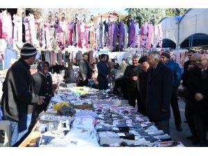Isparta Belediye Başkanı Günaydın, pazarcı esnafıyla buluştu