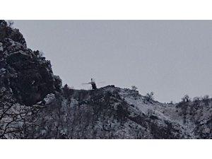 Tunceli'de teröristlerin bulunduğu mağarayı 9'uncu gününde jetler vurdu
