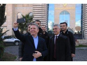 Erdoğan Arıkan gençlerle buluşturdu