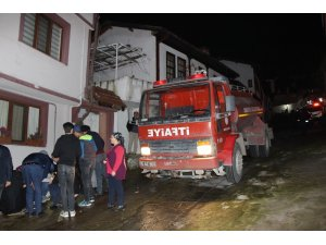 Evleri yanarken yardımlarına vali yetişti