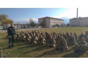 Erzincan İtfaiyesi 2 Bin 500 kişiye yangın eğitimi verdi