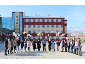Atatürk Üniversitesi Sosyal Hizmet Kulübü üyelerinden örnek davranış