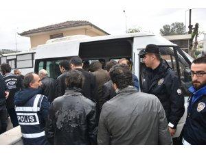 Antalya'da aranan 147 şüpheliden 54'ü tutuklandı