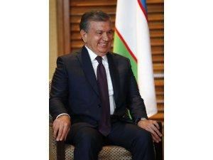 Özbekistan Cumhurbaşkanı Mirziyoyev, Asya'da yılın siyaset adamı seçildi