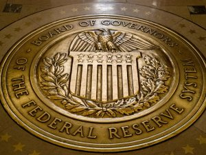 Trump, Fed Başkanı'nı görevden alacak iddiası