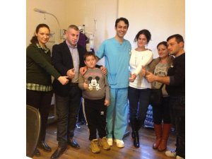 9 yaşındaki görme engelli çocuk şifayı Kayseri'de buldu