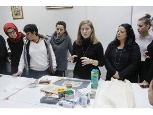 SAÜ'de Kağıt Eser Restorasyonunda Temel Malzeme ve Yöntemler' konuşuldu