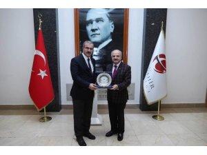 Kütahya Valisi Toraman'dan, Eskişehir Valisi Çakacak'a Ziyaret