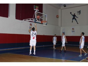 ESO 50.Yıl Özel Basketbol Turnuvası'nın ilk karşılaşmalar ile başladı