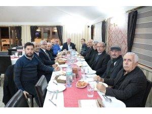 CHP eski il ve ilçe yönetimi istişare toplantısında bir araya geldi
