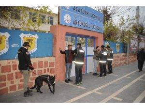 Şırnak'ta 120 polisle uyuşturucu denetimi