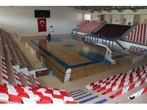 Ağrı'da sportif tesislerin bakımı yapıldı
