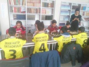 Eleşkirt'te ilkokullar arası satranç turnuvası başladı