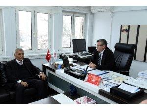 Başkan Günaydın'dan akademisyenlik yaptığı SDÜ'ye ziyaret