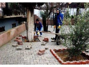 Kızılçukur Mahalle Camisine çevre düzenlemesi