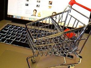 Sanal alışverişte ücretli poşet tartışması
